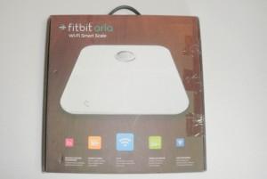 Fitbit ARIAの外箱
