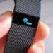 Fitbit Charge HRのリセット(再起動)は充電しながらボタンの長押しです